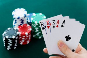 Choose an Online Poker Site that is Really Safe
