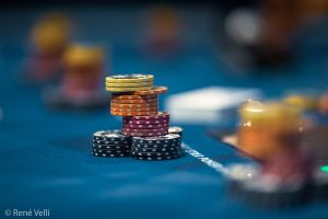 Benefits of Reading the Best Online Poker Articles