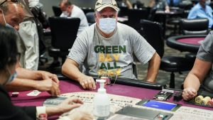 Important Information In Every Playing Online Poker Betting