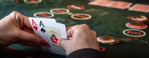 Online Poker Gambling Is Very Famous In The Age Of Poker On Facebook
